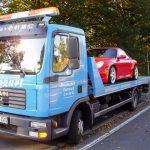 Abschleppdienst für einen Porsche 911