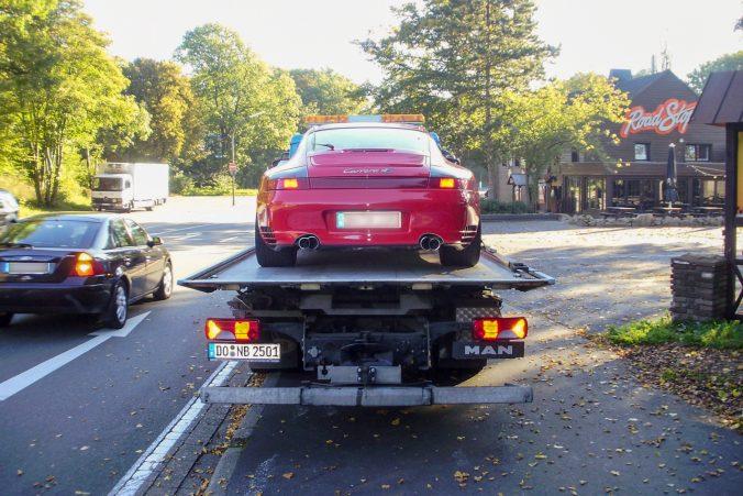 Abschleppdienst für einen Porsche 911 Carrera 4S