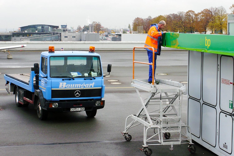 Lackierungen für den Flughafen Dortmund