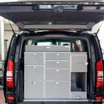 Autoeinbauten für das Gewerbe in einen Van