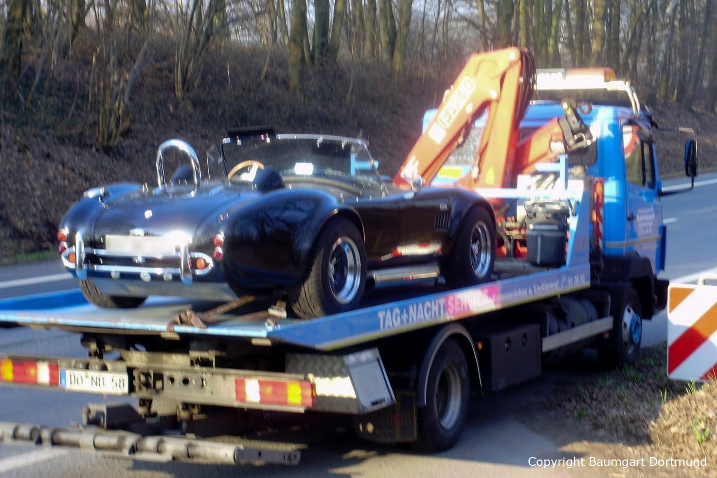 Autotransport einer AC Cobra