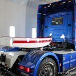 Optimist auf dem Scania Torpedo V8