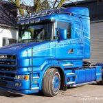 Front und Seite des Scania Torpedo V8